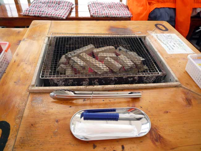 大栄丸 岐志漁港の牡蠣小屋 炭火焼き